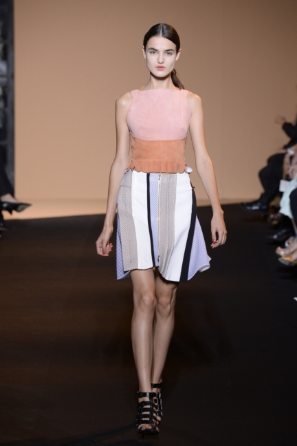 roland-mouret-paris-fashion-week-spring-summer-2015-30