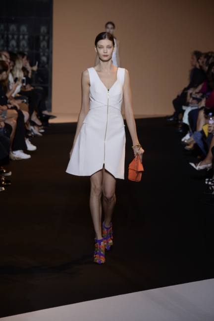 roland-mouret-paris-fashion-week-spring-summer-2015-6