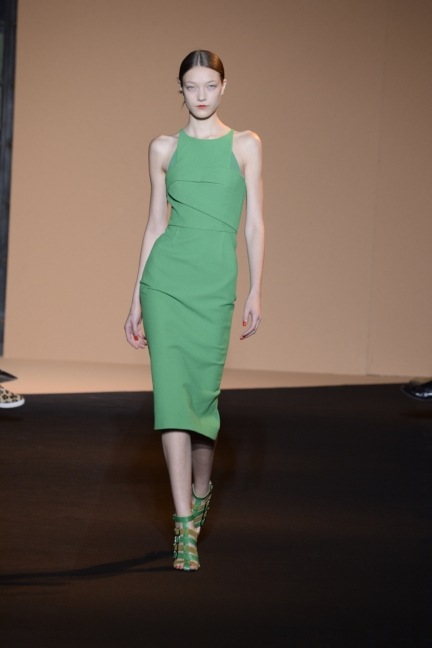 roland-mouret-paris-fashion-week-spring-summer-2015