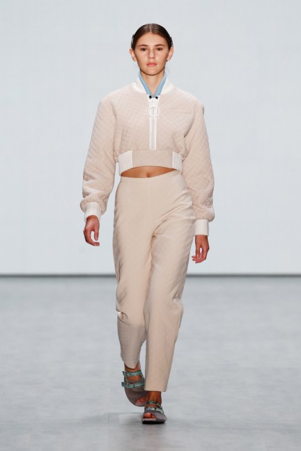 roshi-porkar-mercedes-benz-fashion-week-berlin-autumn-winter-2015-11