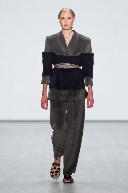roshi-porkar-mercedes-benz-fashion-week-berlin-autumn-winter-2015-6