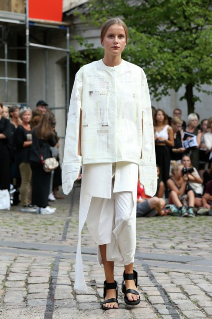 Royal-Danish-Academy-of-Fine-Arts-Copenhagen-Fashion-Week-Spring-Summer-2015-16