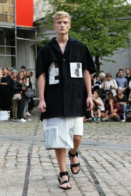 Royal-Danish-Academy-of-Fine-Arts-Copenhagen-Fashion-Week-Spring-Summer-2015-18