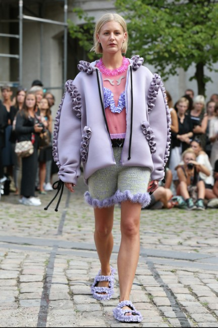 Royal-Danish-Academy-of-Fine-Arts-Copenhagen-Fashion-Week-Spring-Summer-2015-21
