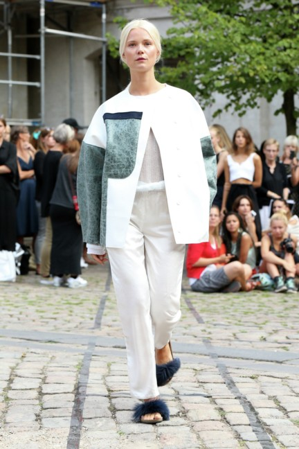 Royal-Danish-Academy-of-Fine-Arts-Copenhagen-Fashion-Week-Spring-Summer-2015-25