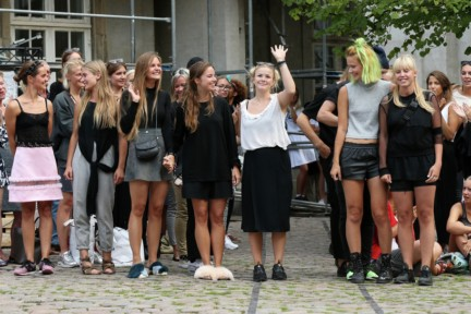 Royal-Danish-Academy-of-Fine-Arts-Copenhagen-Fashion-Week-Spring-Summer-2015-31