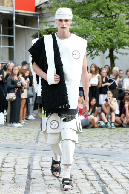 Royal-Danish-Academy-of-Fine-Arts-Copenhagen-Fashion-Week-Spring-Summer-2015-7