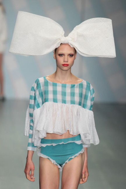 sibling-london-fashion-week-spring-summer-2015-35
