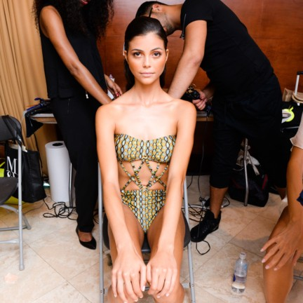sinesia-karol-mercedes-benz-fashion-week-miami-swim-spring-summer-2015-backstage