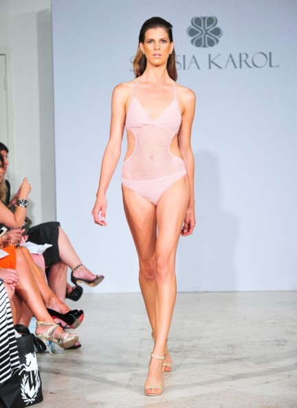sinesia-karol-mercedes-benz-fashion-week-miami-swim-spring-summer-2015-runway-13