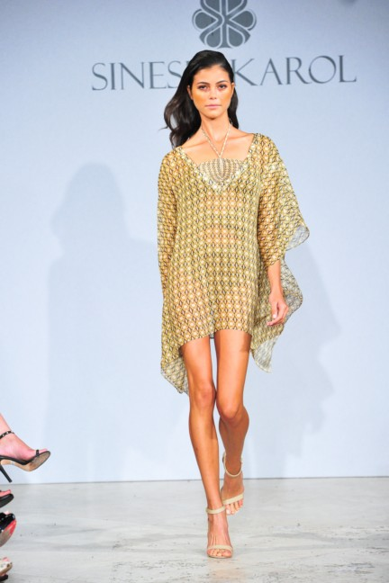 sinesia-karol-mercedes-benz-fashion-week-miami-swim-spring-summer-2015-runway-17