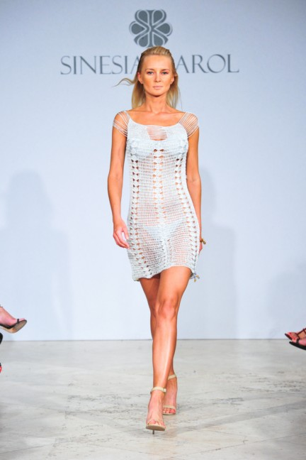sinesia-karol-mercedes-benz-fashion-week-miami-swim-spring-summer-2015-runway-20
