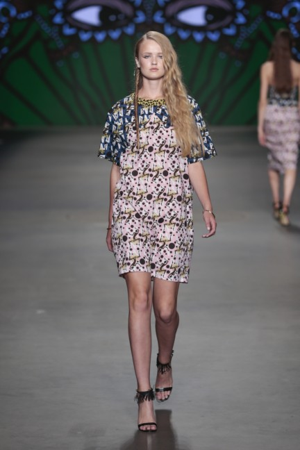 sis-by-spijkers-en-spijkers-mercedes-benz-fashion-week-amsterdam-spring-summer-2015-47
