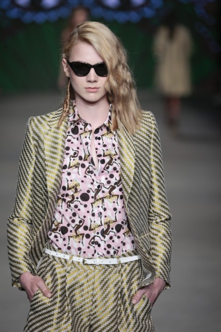 sis-by-spijkers-en-spijkers-mercedes-benz-fashion-week-amsterdam-spring-summer-2015-56