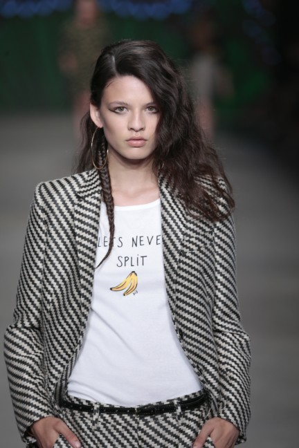 sis-by-spijkers-en-spijkers-mercedes-benz-fashion-week-amsterdam-spring-summer-2015-66