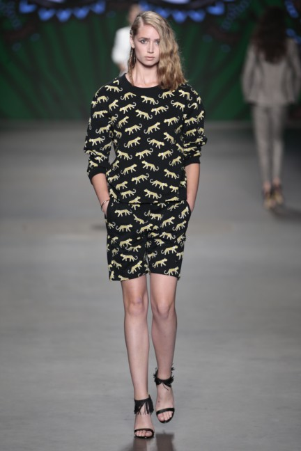sis-by-spijkers-en-spijkers-mercedes-benz-fashion-week-amsterdam-spring-summer-2015-67