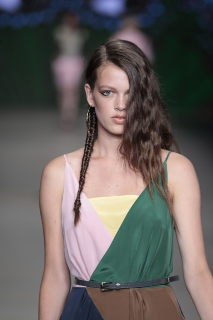 sis-by-spijkers-en-spijkers-mercedes-benz-fashion-week-amsterdam-spring-summer-2015-89