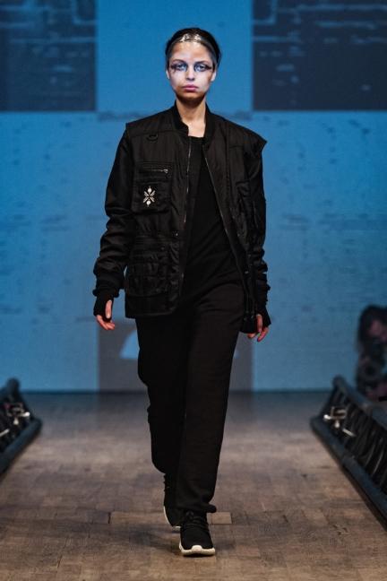 drkn-stockholm-fashion-week-aw-16-19