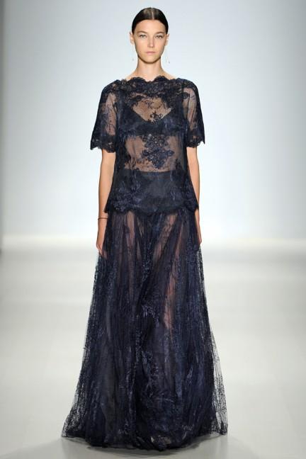 tadashi-shoji-new-york-fashion-week-spring-summer-2015-15