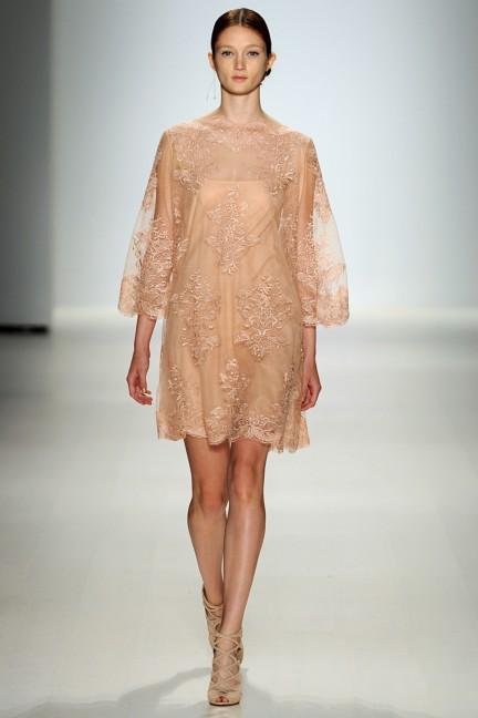 tadashi-shoji-new-york-fashion-week-spring-summer-2015-16
