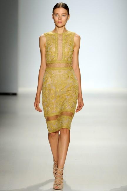 tadashi-shoji-new-york-fashion-week-spring-summer-2015-19