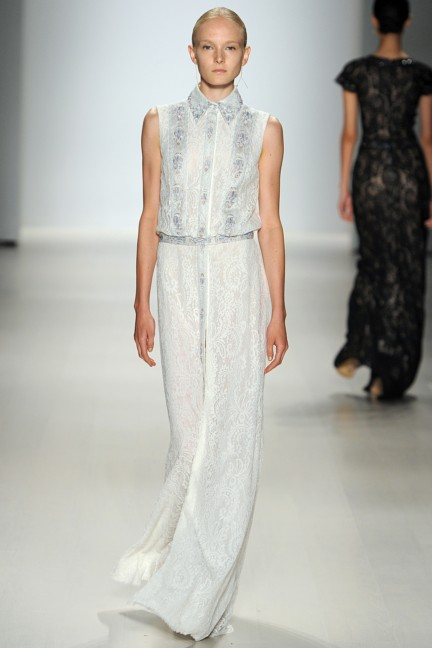 tadashi-shoji-new-york-fashion-week-spring-summer-2015-23