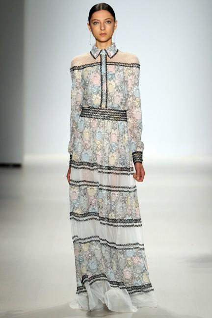 tadashi-shoji-new-york-fashion-week-spring-summer-2015-24