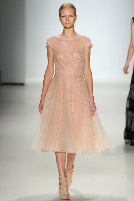 tadashi-shoji-new-york-fashion-week-spring-summer-2015-29