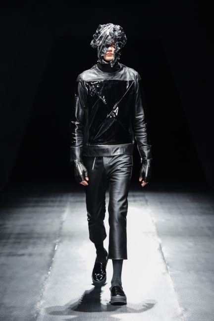 99-is-tokyo-fashion-week-autumn-winter-2014-37
