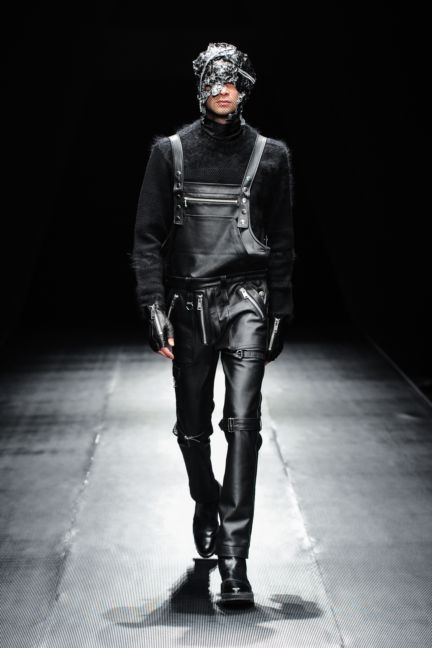 99-is-tokyo-fashion-week-autumn-winter-2014-47