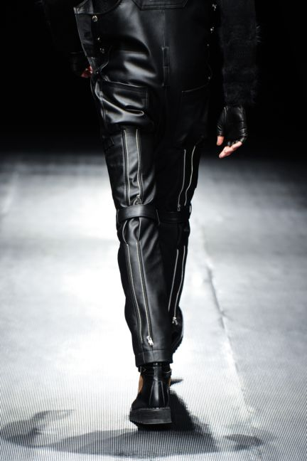99-is-tokyo-fashion-week-autumn-winter-2014-49