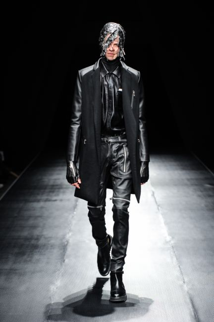 99-is-tokyo-fashion-week-autumn-winter-2014-55