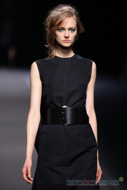 A-DEGREE-FAHRENHEIT-Tokyo-Fashion-Week-Autumn-Winter-2014-2