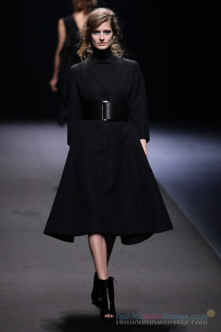 A-DEGREE-FAHRENHEIT-Tokyo-Fashion-Week-Autumn-Winter-2014-3