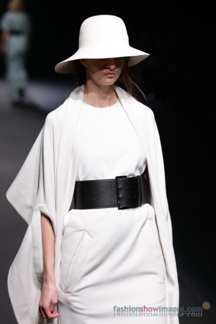 A-DEGREE-FAHRENHEIT-Tokyo-Fashion-Week-Autumn-Winter-2014-35