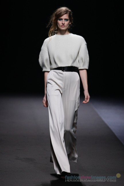 A-DEGREE-FAHRENHEIT-Tokyo-Fashion-Week-Autumn-Winter-2014-38