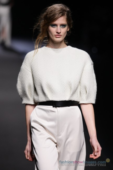 A-DEGREE-FAHRENHEIT-Tokyo-Fashion-Week-Autumn-Winter-2014-39