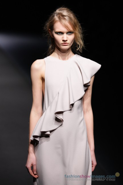A-DEGREE-FAHRENHEIT-Tokyo-Fashion-Week-Autumn-Winter-2014-51
