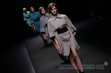 A-DEGREE-FAHRENHEIT-Tokyo-Fashion-Week-Autumn-Winter-2014-54