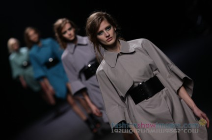 A-DEGREE-FAHRENHEIT-Tokyo-Fashion-Week-Autumn-Winter-2014-55
