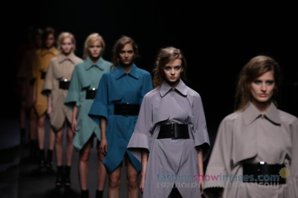 A-DEGREE-FAHRENHEIT-Tokyo-Fashion-Week-Autumn-Winter-2014-57