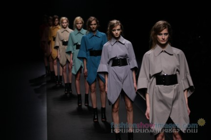 A-DEGREE-FAHRENHEIT-Tokyo-Fashion-Week-Autumn-Winter-2014-59