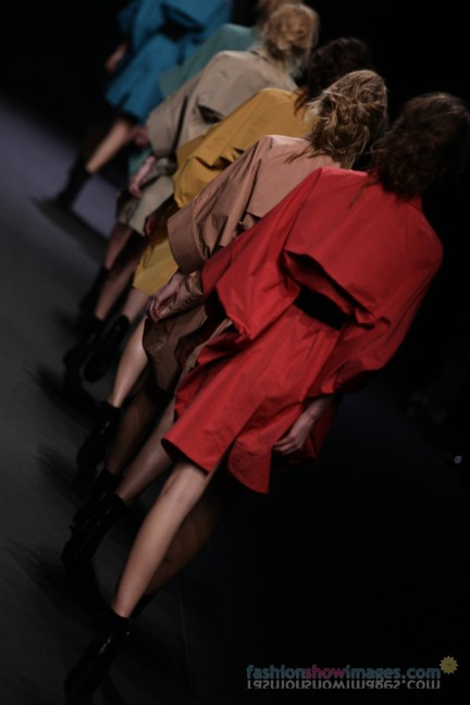 A-DEGREE-FAHRENHEIT-Tokyo-Fashion-Week-Autumn-Winter-2014-60