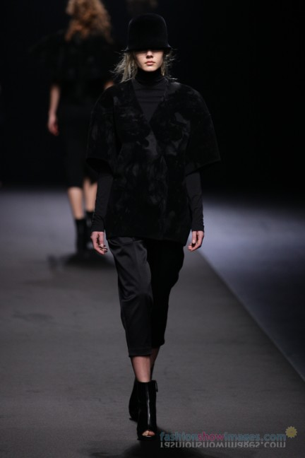 A-DEGREE-FAHRENHEIT-Tokyo-Fashion-Week-Autumn-Winter-2014-8
