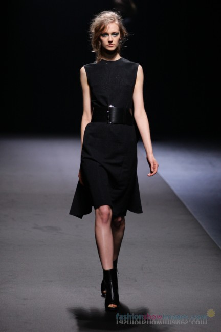 A-DEGREE-FAHRENHEIT-Tokyo-Fashion-Week-Autumn-Winter-2014