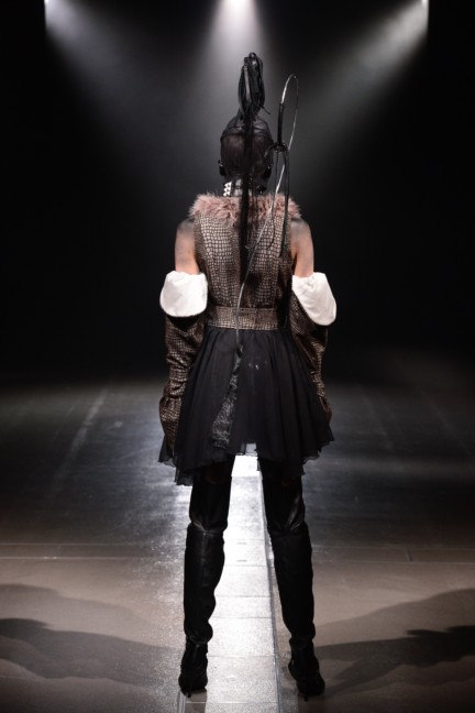 alice-auaa-tokyo-fashion-week-autumn-winter-2014-14