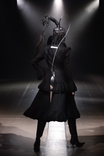 alice-auaa-tokyo-fashion-week-autumn-winter-2014-18