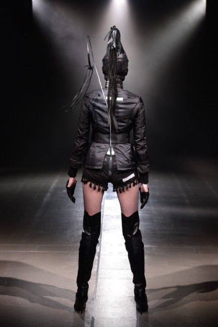 alice-auaa-tokyo-fashion-week-autumn-winter-2014-29