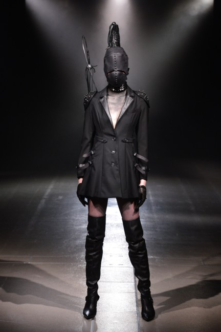 alice-auaa-tokyo-fashion-week-autumn-winter-2014-32