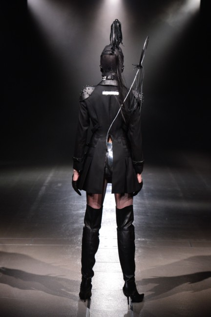 alice-auaa-tokyo-fashion-week-autumn-winter-2014-33